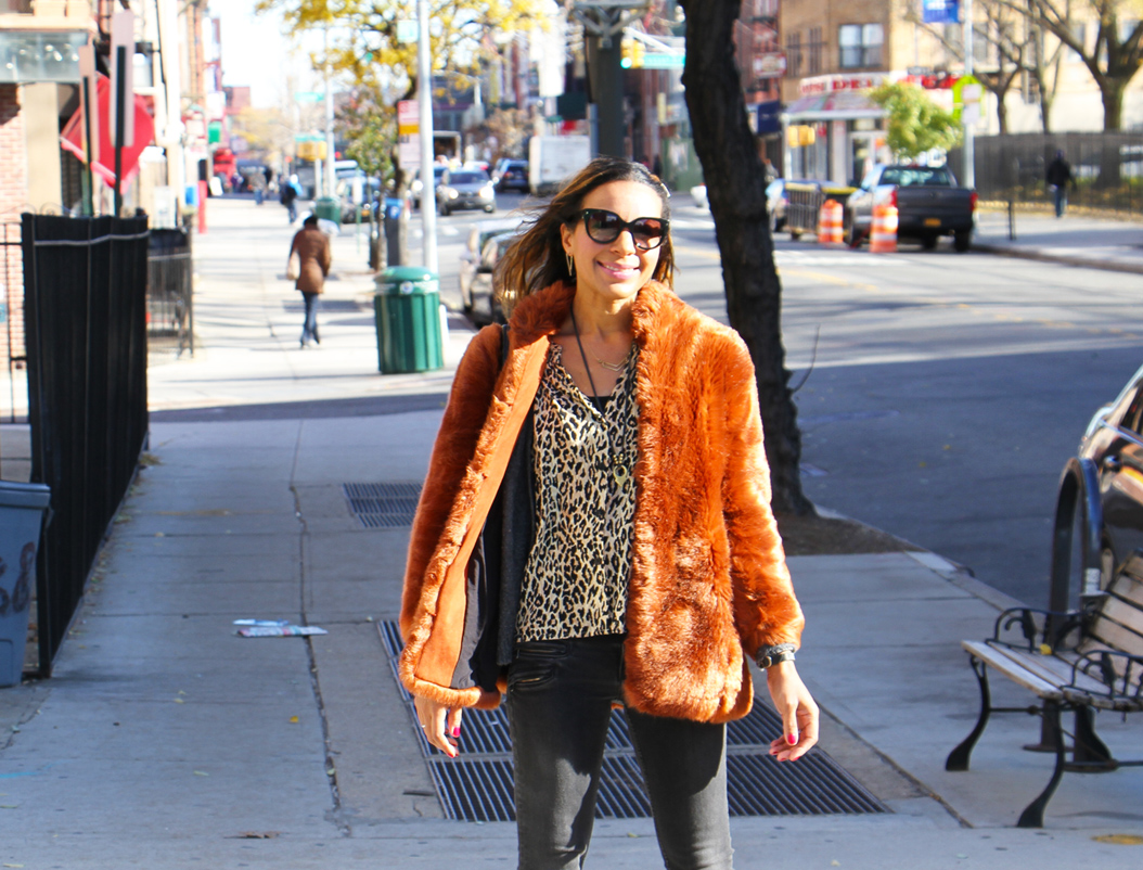 rock-paper-sequins_faux-fur-in-the-city3