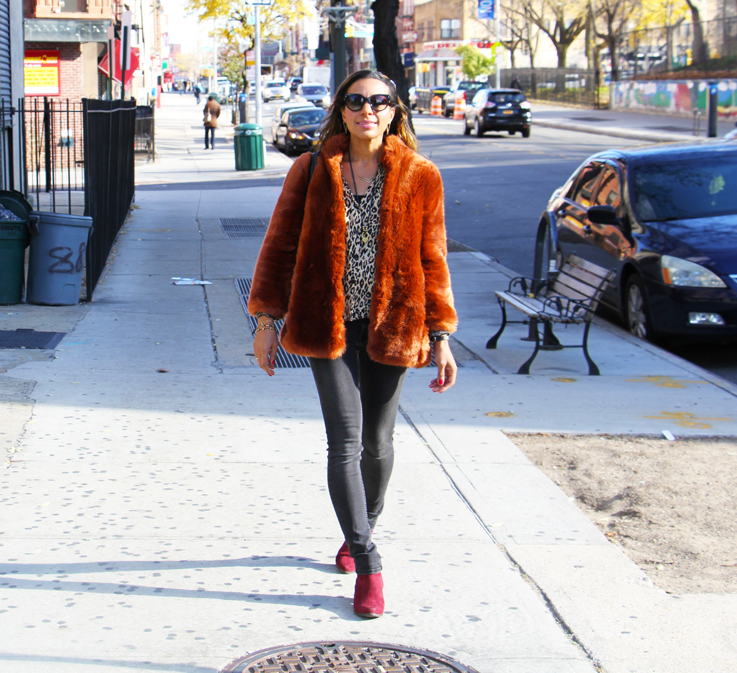 rock-paper-sequins_faux-fur-in-the-city_2
