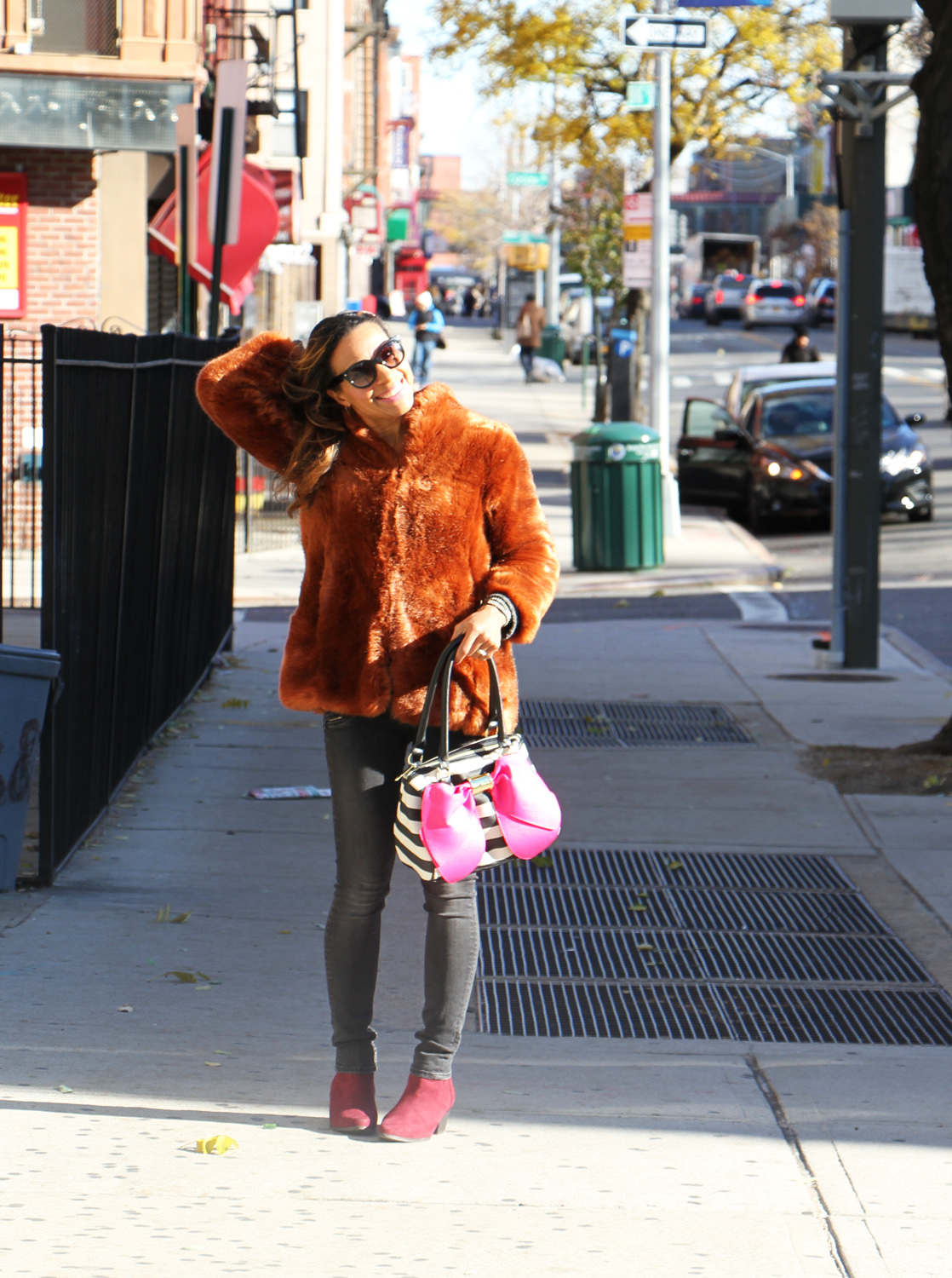 rock-paper-sequins_faux-fur-in-the-city_6